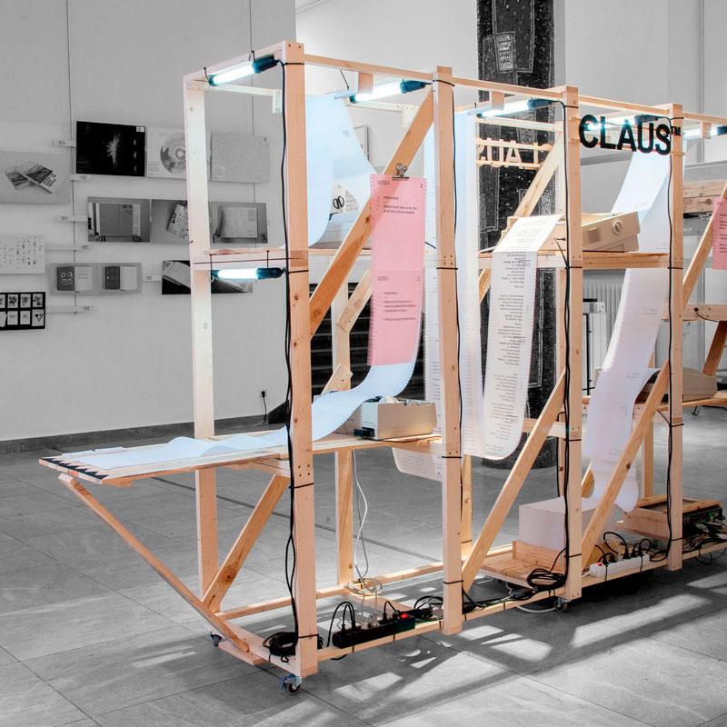 CLAUS™ partizipative Installation im Foyer der Hochschule Mainz © Christian Weber – Büro für Gestaltung und Kommunikation