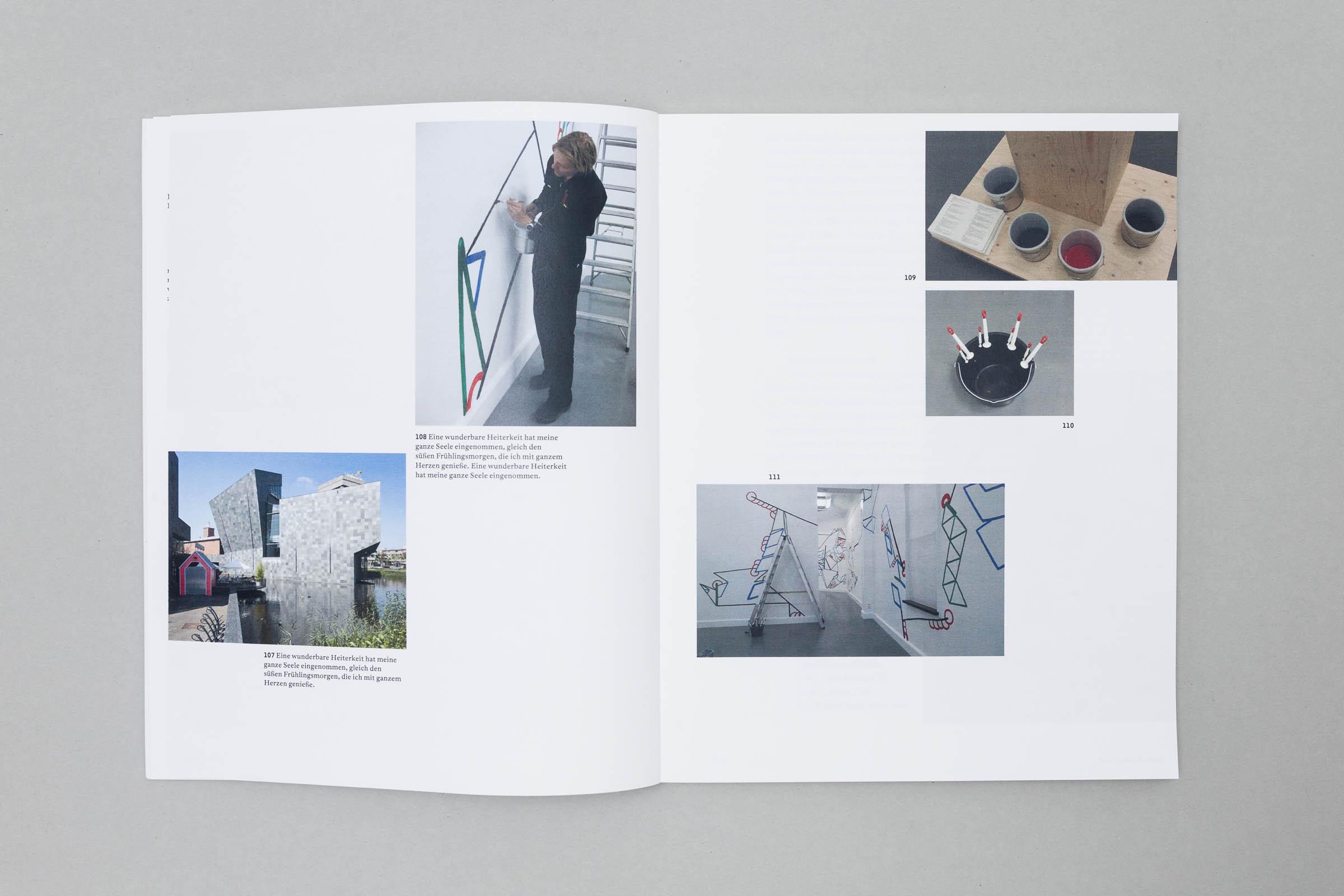 Design for Participation Buchgestaltung Doppelseite mit Bildern auf Bilderdruckpapier © Christian Weber – Büro für Gestaltung und Kommunikation