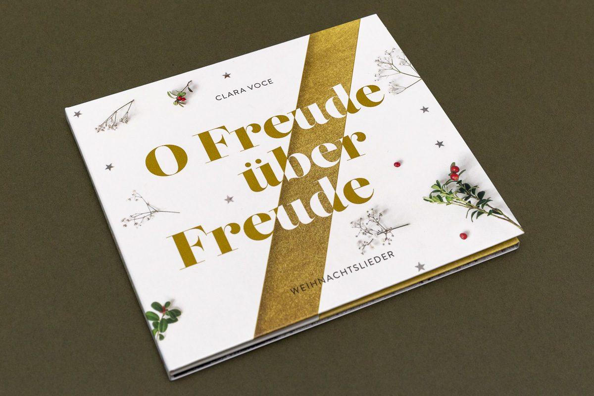 Grafikdesign für CD-Cover für Chor Clara Voce © Christian Weber – Büro für Gestaltung und Kommunikation