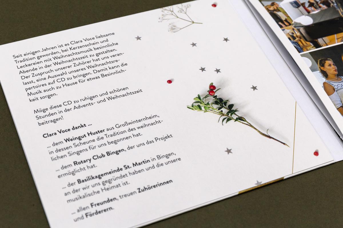 Innenseite CD-Cover für Chor Clara Voce © Christian Weber – Büro für Gestaltung und Kommunikation